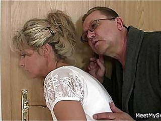 His mom and dad tricks their way into sex